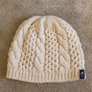 49d97a8209e The North Face Accessories - The North Face Women s Fuzzy Cable Beanie